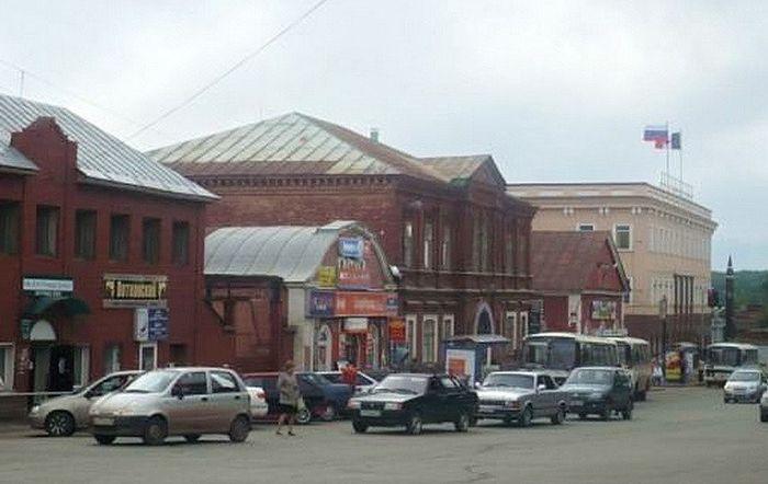 Воткинск. Улица Кирова. 2009 год.