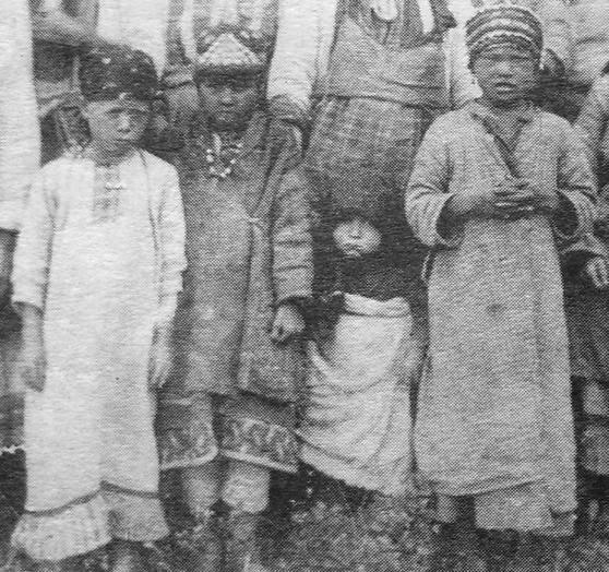 Дети. Глазовский уезд, дер. Шамардан. 1906 г.