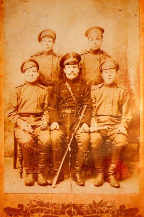 Фото времен Первой мировой войны. Кто-то из членов семьи Трефиловых из села Юски Кезского района.