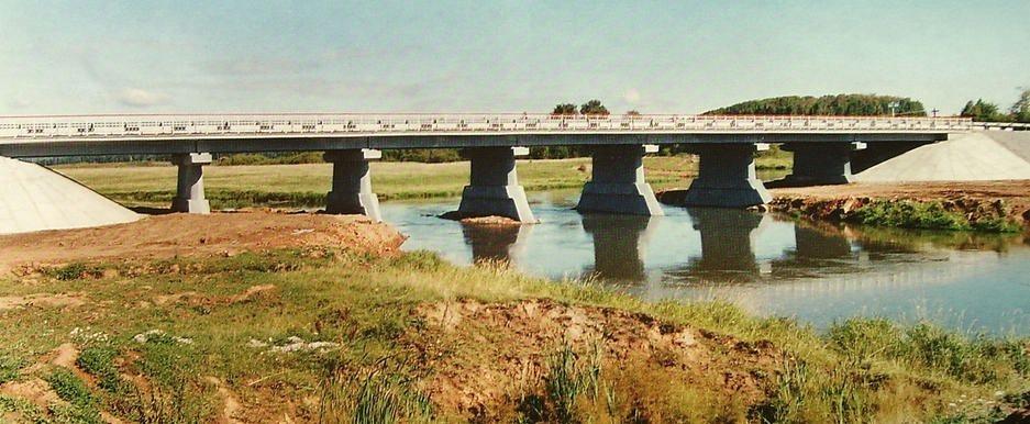 Мост через реку Лекма на автодороге Яр- Укан-Юр.