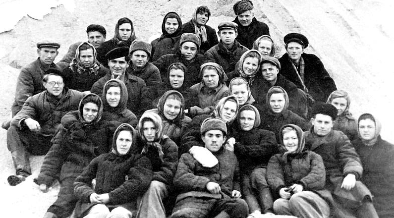 Удмуртские комсомольцы на целине, город Атбасар Акмолинской области Казахской ССР.