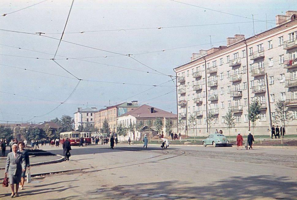 Перекресток улиц Ленина и К.Маркса, Ижевск.