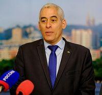 Чрезвычайный и Полномочный посол Республики Куба в Российской Федерации господин Херардо Пеньяльвер Порталь.