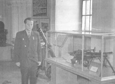 М.Т.Калашников в Артиллерийском историческом музее. 25 января  1962 г.