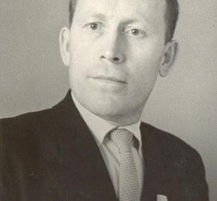 Векшин Георгий Ефимович. Театральный художник, график, первый удмурт, принятый в Союз художников УАССР.