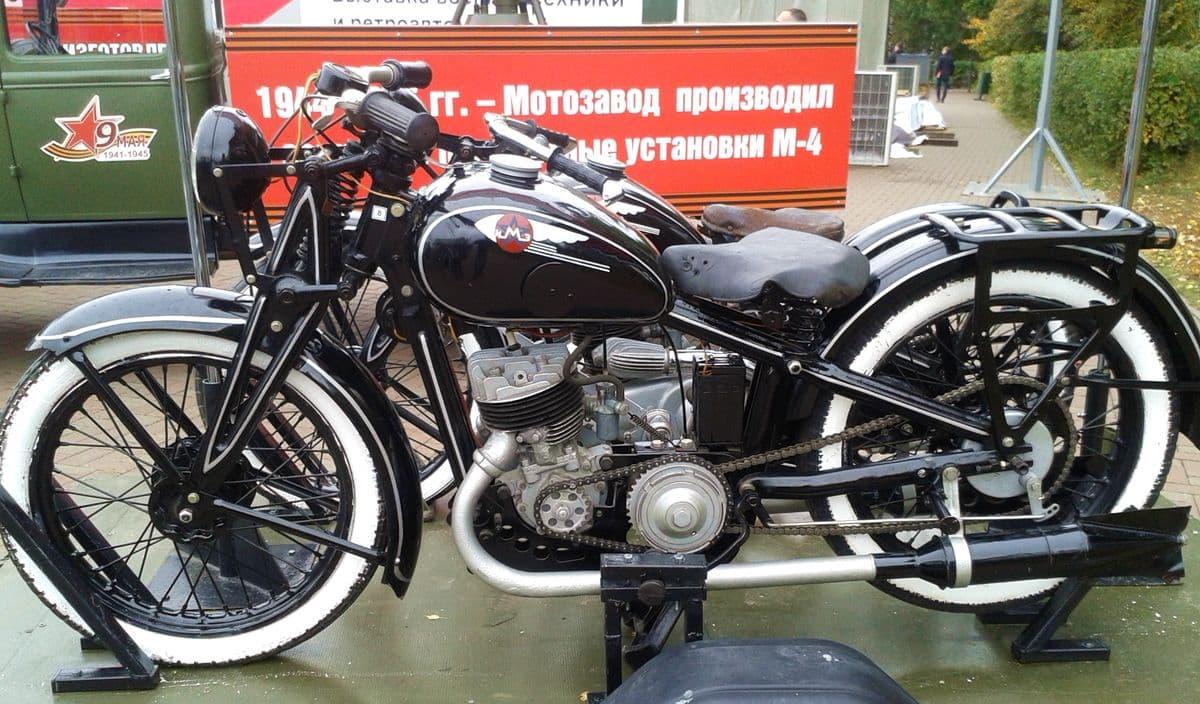 Мотоцикл Иж9.  Фото 2018 года. Ижевск.