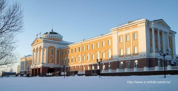 Президентский дворец Ижевск. ДВА. 2010 год.