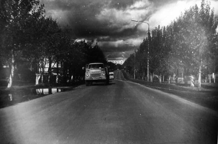 Улица Азина (бывшая Казанская дорога). Сентябрь 1977 года Ижевск.