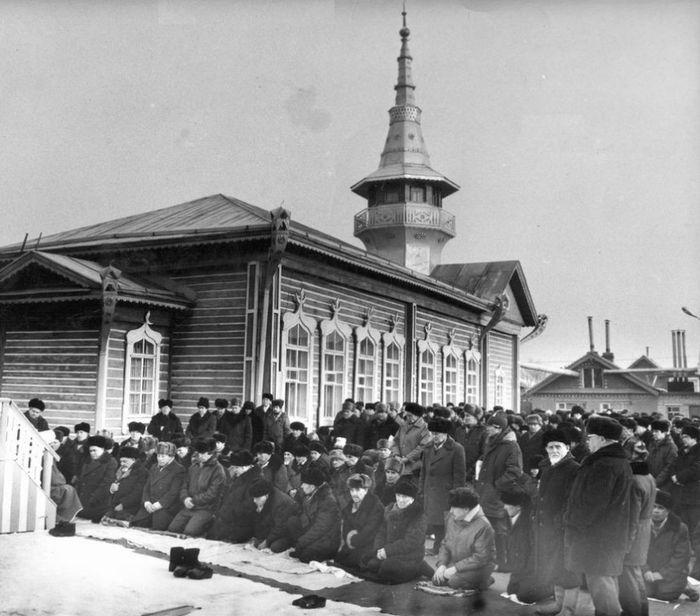 Ижевская мечеть. Фото начала 1990-х годов.
