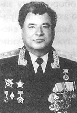 Меркушев Николай Александрович - Генерал-лейтенант танковых войск.