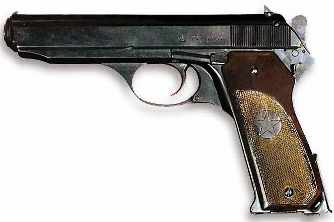 Автоматический пистолет Калашникова.