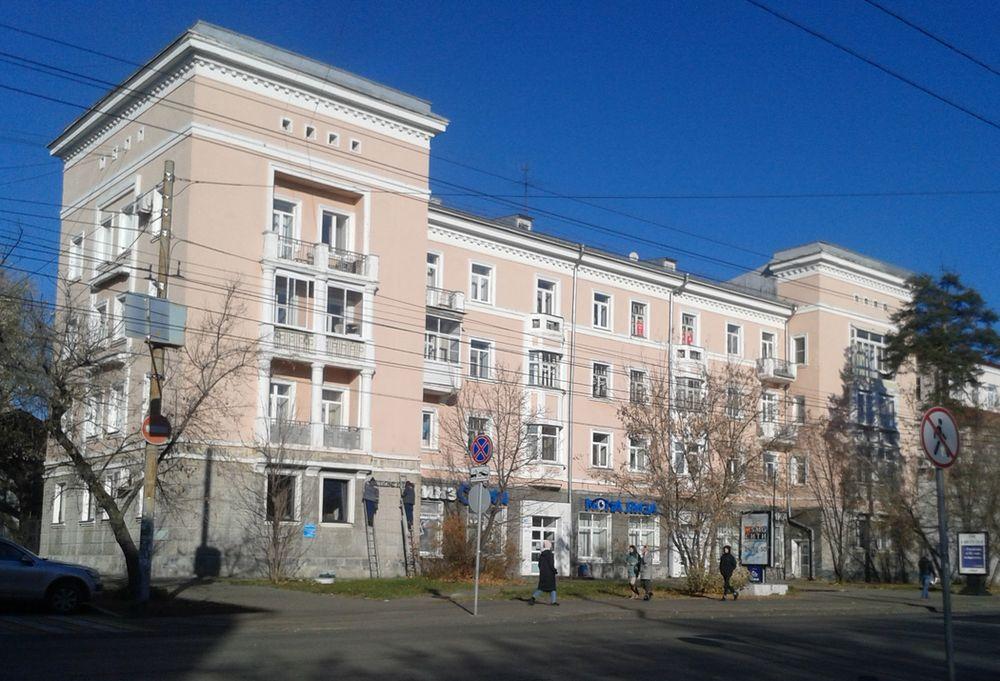 Улица Советская и дом №184 ул. Свободы Ижевска. ДВА. Фото 23.10.2020.13:32