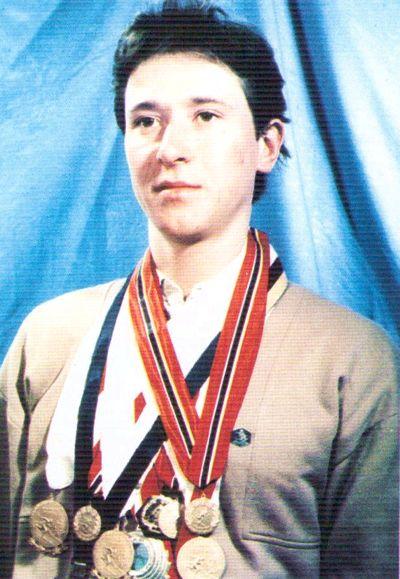 Медведцев Валерий Алексеевич биатлонист, чемпион мира.  Родился в г. Ижевске.