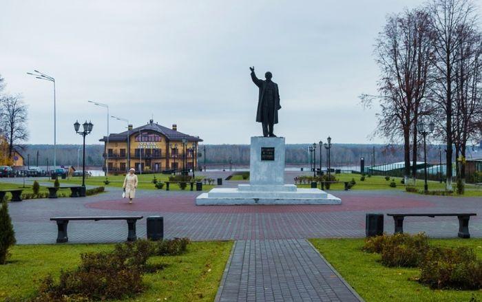 Памятник Ленину в Сарапуле. 2018 год.