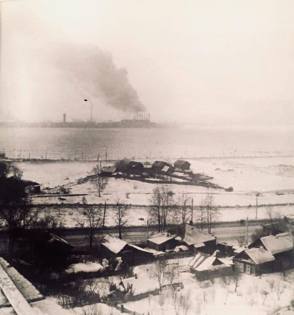Улица Береговая в старой Колтоме и панорама Ижевского пруда.