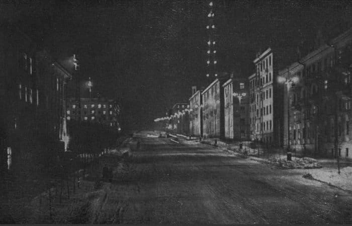 Улица Пушкинская. Фото из книги Ижевск 1963.