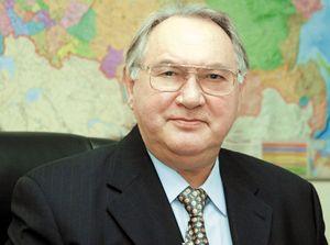Маслюков Юрий Дмитриевич.