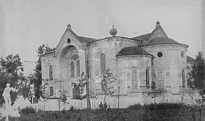 Остатки Преображенского собора в 1947 году. Глазов.