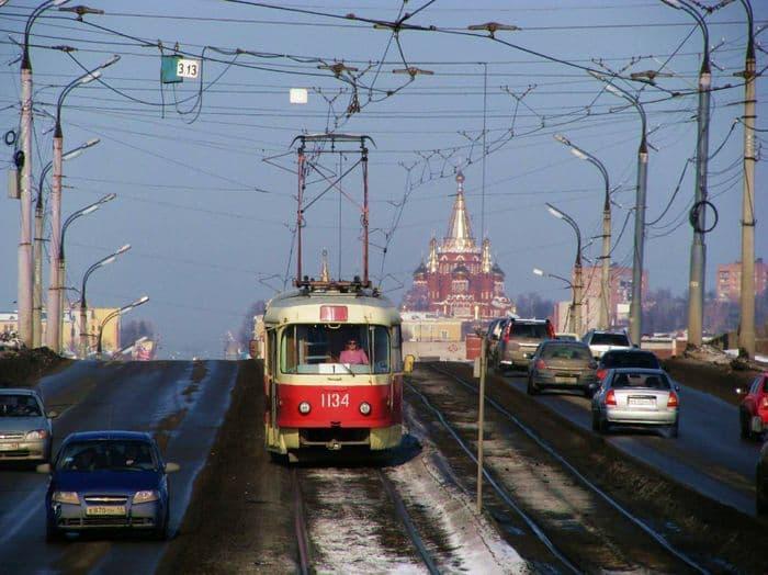 Мост через Воткинскую линию. Улица К Маркса. Ижевск. 2018 г декабрь.