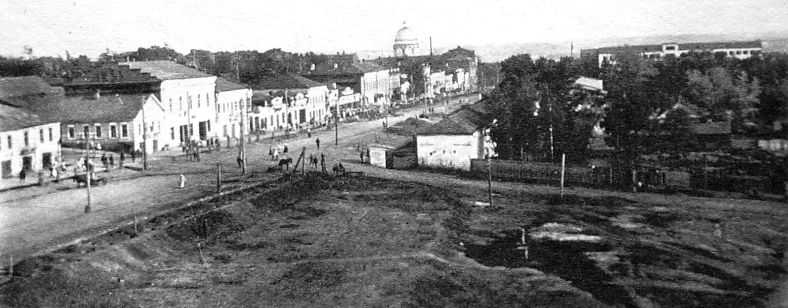 Улица Базарная и Базарная площадь в 1932 году. Ижевск.