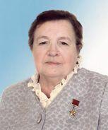 Масленникова Римма Николаевна, Почётный гражданин Удмуртской Республики, станочница, сверловщица в механосборочном цехе Воткинского машиностроительного завода.