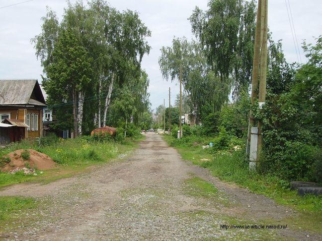 Улица Василия Жечева Ижевск. ДВА. 2011.