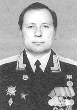Сабуров Георгий Иванович - Генерал-майор.