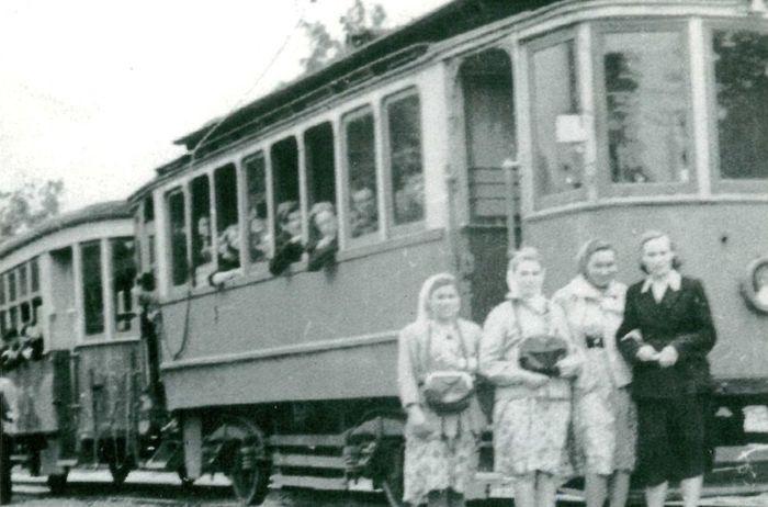 Кондукторы в ижевских трамваях.