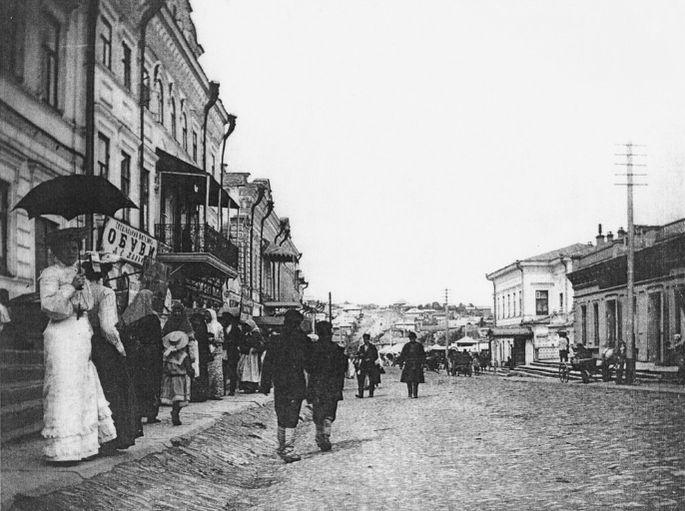 Сарапул г. Базарная площадь. Улица Вятская. Начало ХХ в.