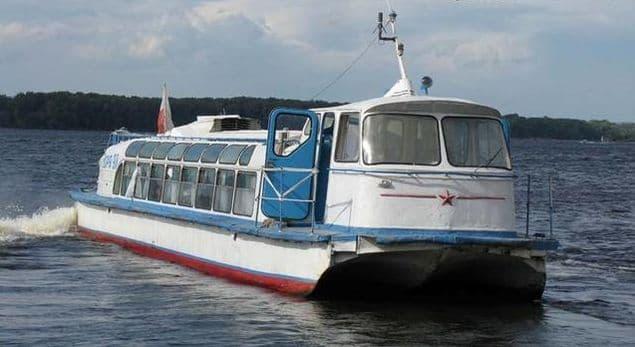 Теплоход Заря, проект 946 на Ижевском пруду.