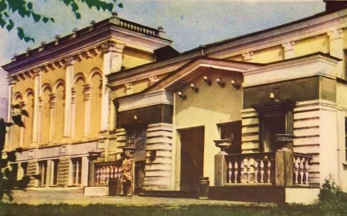 Русский драмтеатр им.Короленко в Ижевске