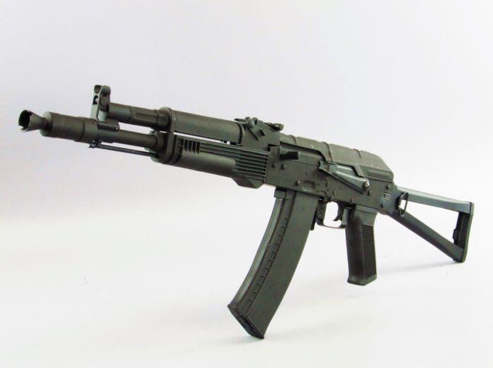 Автомат АК-105