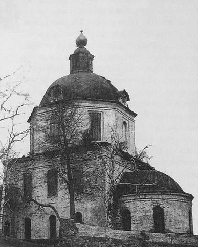 Село Нечкино. Сарапульский р-н. Храм во имя Богоявления. Проект Рослякова Ф.М. Строился храм с 1801 по 1808 гг.