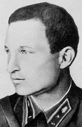 Кирьянов Павел Николаевич -  Герой Советского Союза.