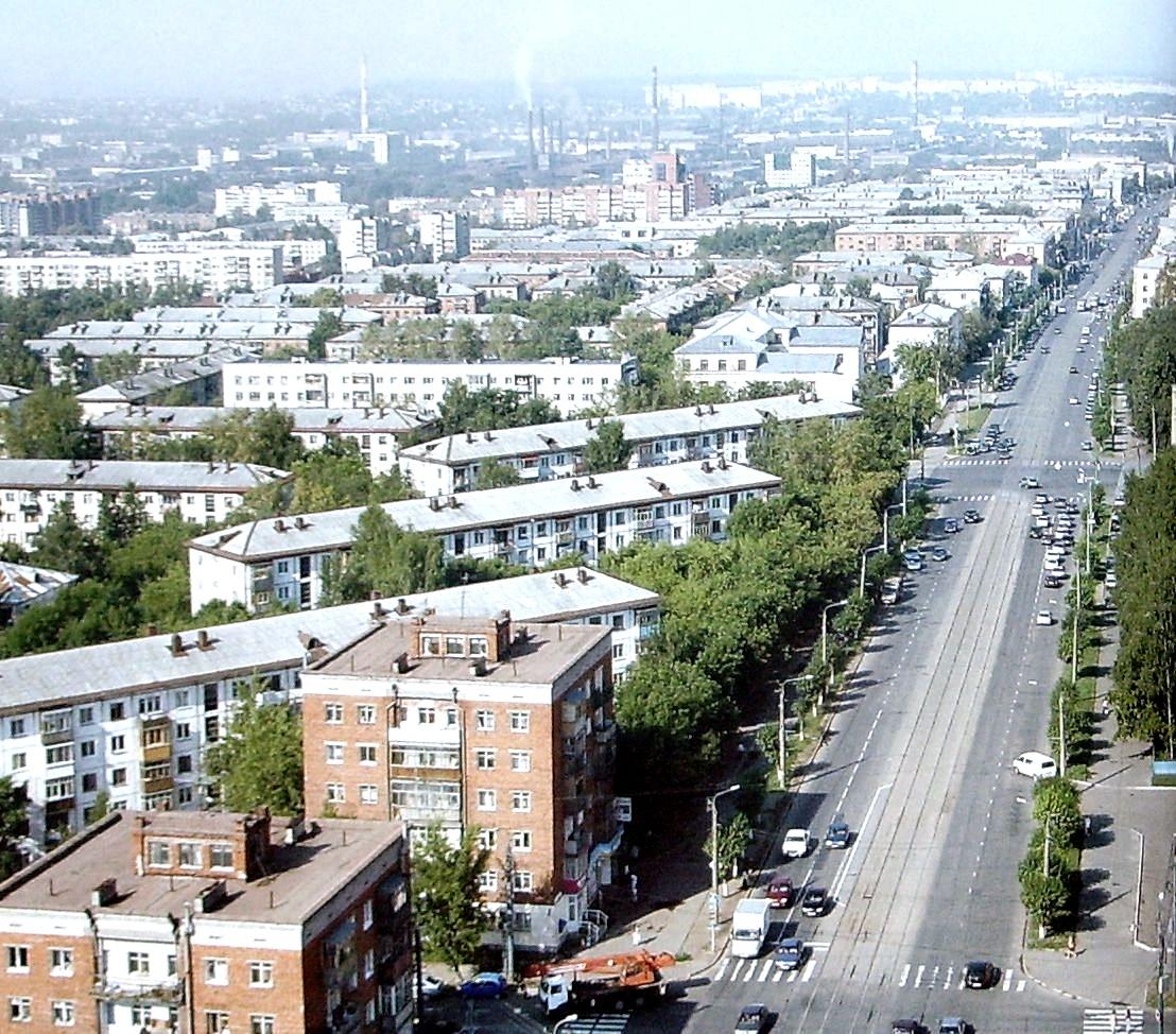 Улица Ленина сверху. Дома Ленина 70, 76, 78, 80 , Воровского 170. Ижевск.