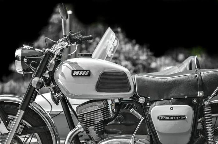 Мотоцикл ИЖ Планета - 3.