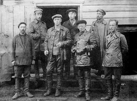 Ижевские коммунисты тридцатых годов.