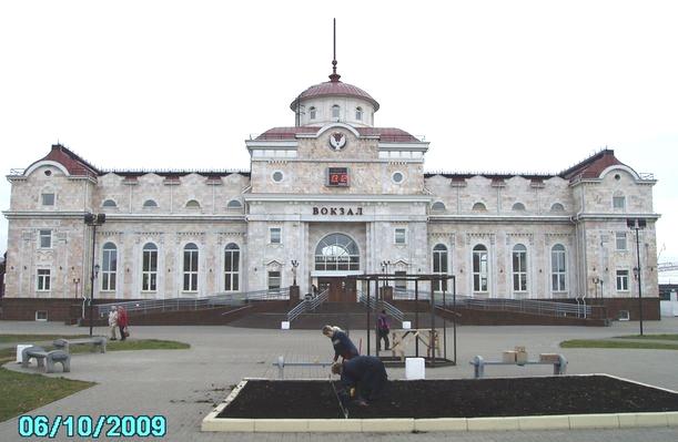 Ижевский железнодорожный пригородный вокзал. ДВА. 2009 год.