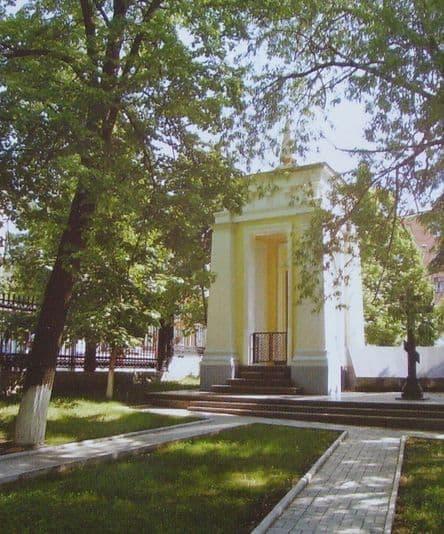 Усыпальница Дерябина А Ф. Современный Александро-Невский собор, Ижевск.