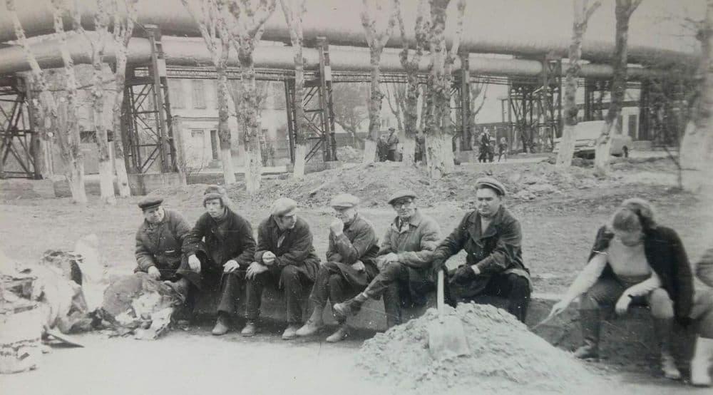 Субботник на проезде Дерябина, 1976 год. Старый Ижевск г. История, старые фото СССР.