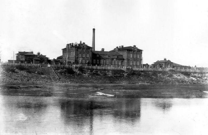 Водочный завод. Глазов 1910-1913 гг.