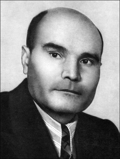 Улица Петрова Ижевск. Петров Михаил Петрович - удмуртский писатель.