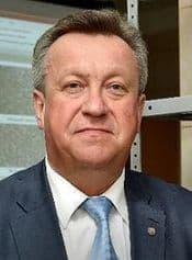 27 февраля 2017 года ректором ИжГТУ избрали завкафедрой Промышленное и гражданское строительство Грахова Валерия.