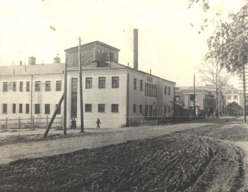 Красногеройский (Коньшин) переулок, середина 1930-х Фото С.Н.Кошурникова. Ижевск.
