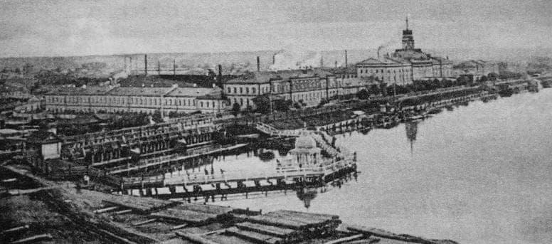 Иордань. Ижевская плотина. Башня Ижевского завода.