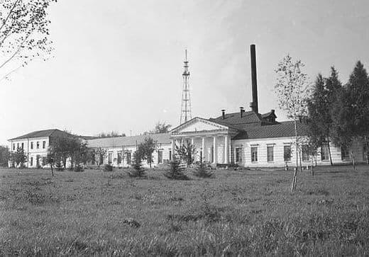 Арсенал в 1978 году, его территория еще используется для нужд завода. Ижевск.