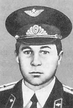 Попков Валерий Филиппович. Командира вертолета Ми-8. Герой Советского Союза.
