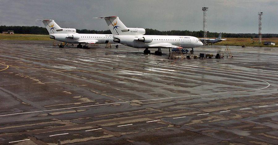 Ижевский аэропорт, июль 2011 года. Фото: Александр Мухачёв.