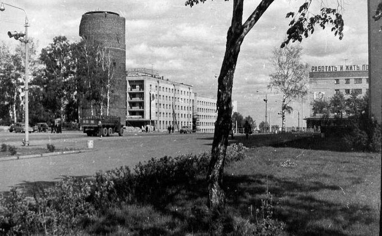 Водонапорная башня на Пушкинской. Ижевск.