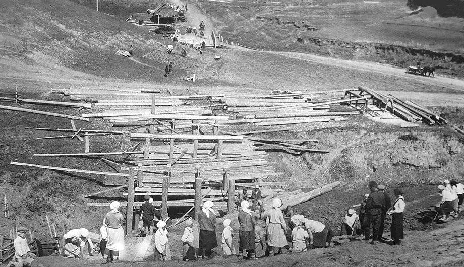 Строительство мостов в Граховском районе.
